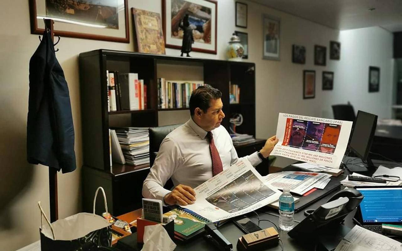 Exsecretarios lucraron con el sistema de salud: senador de Morena