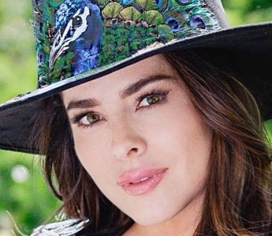 Danna Gacía tiene coronavirus