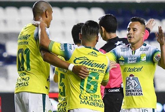León le pegó a Pumas. Foto: Twitter