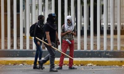 Denuncian saqueos en planteles de la UNAM