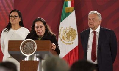 AMLO reinstala a colaborador y balconea a secretaria del Bienestar