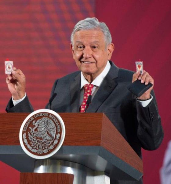 López Obrador conjuró al Coronavirus con dos amuletos