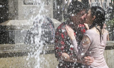 Convocan a jornada de besos y abrazos al pasar la Emergencia Sanitaria