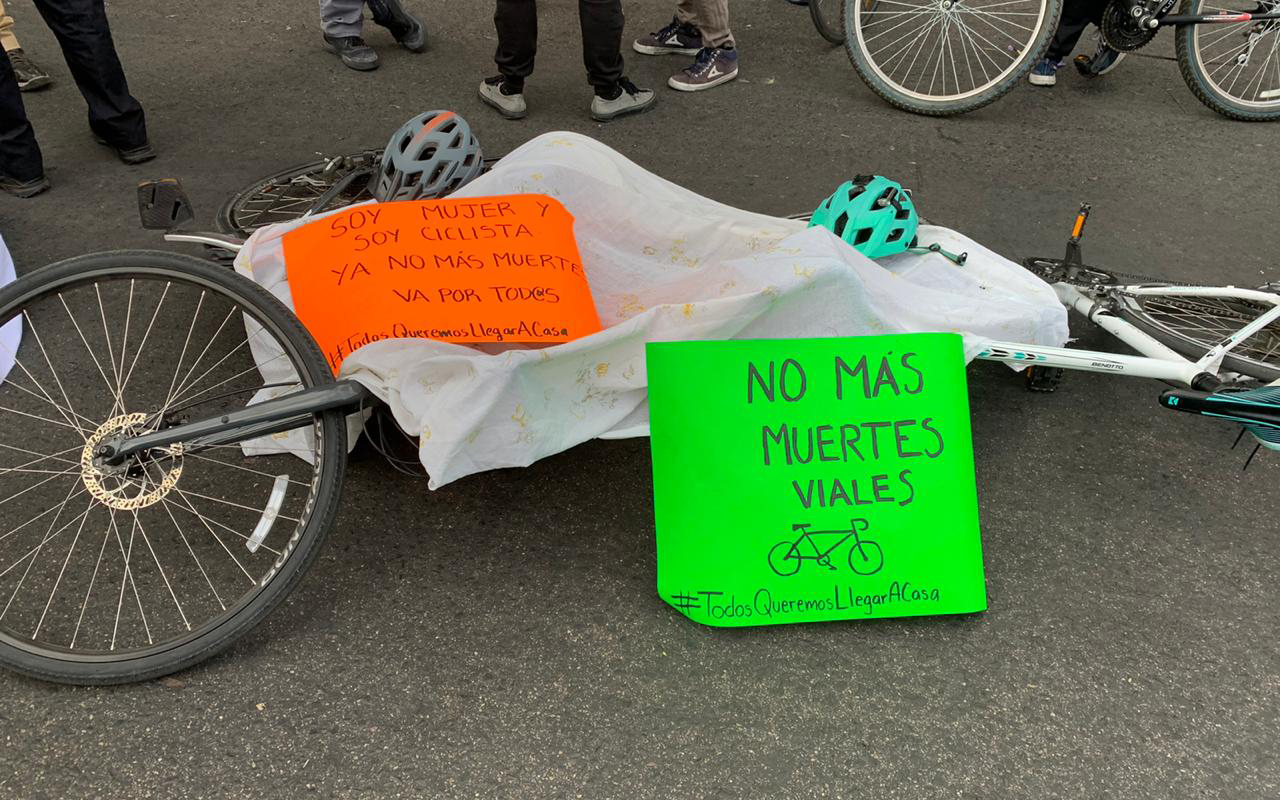 Ciclistas de la Ciudad de México se manifestaron