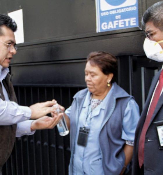 """Gobierno suspende labores en áreas """"no indispensables"""""""