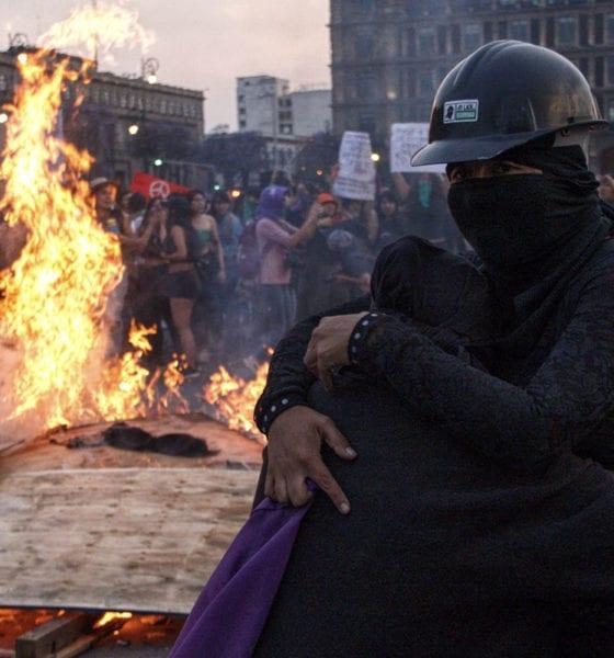 López Obrador minimiza daños ocasionados por feministas