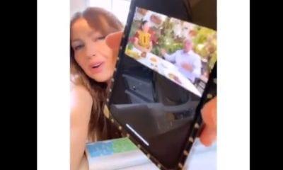 Thalía critica llamado de AMLO de salir a la calle