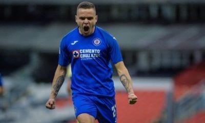 Jonathan Rodríguez podría salir de Cruz Azul