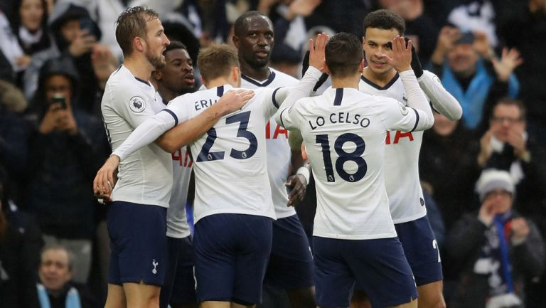 Tottenham mantiene salario al personal