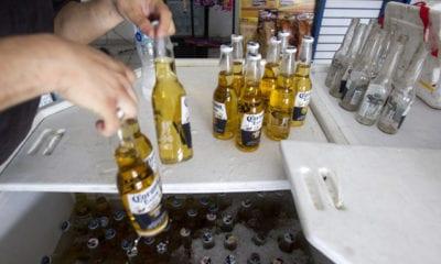 Fue un error permitir producción de cervezas: Gatell