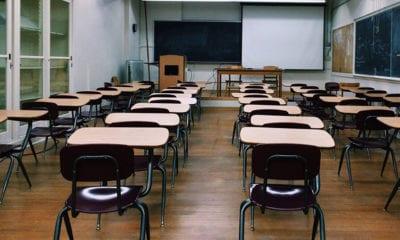 Concluye ciclo escolar en España; exigen garantías para regresar a clases