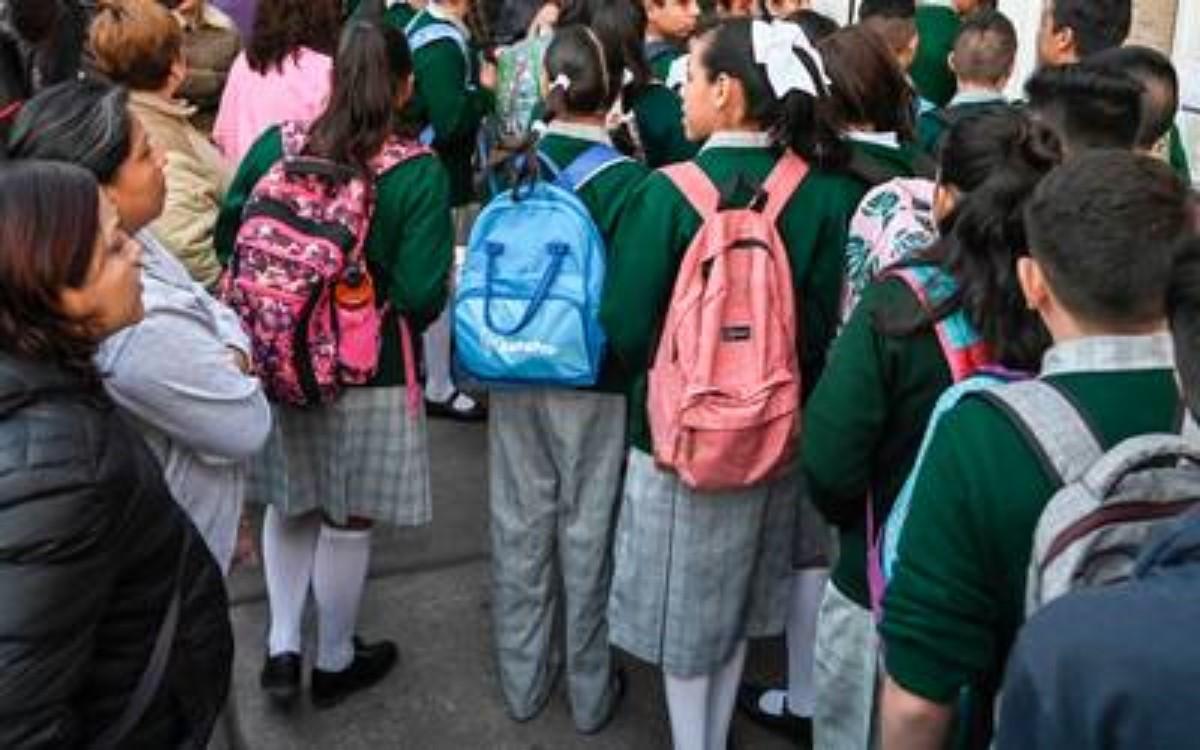 México necesita política educativa donde participen todos