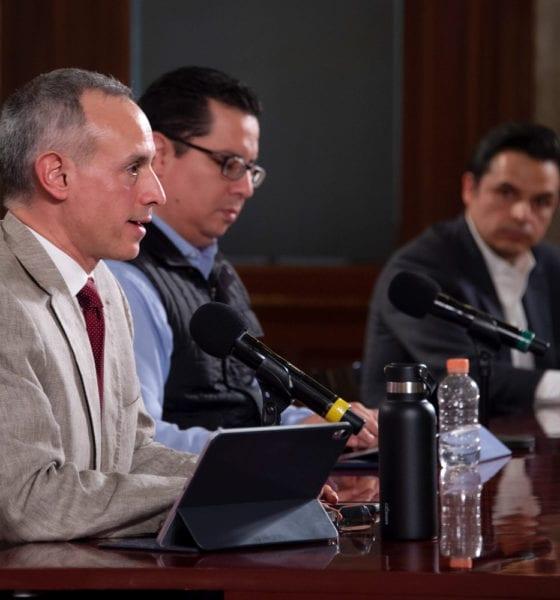 López Obrador informó López-Gatell fue invitado a formar parte de expertos. Foto: Twitter López-Gatell