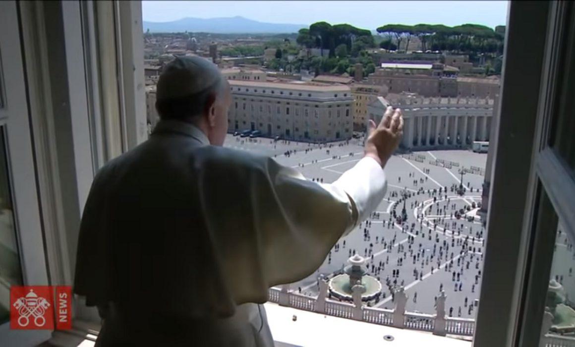 Papa Francisco abre sus puertas para la bendición papal. Foto video Vatican News