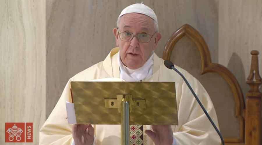 Papa Francisco resalta labor de médicos y pastores. Foto: Youtube