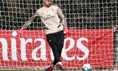 Thibaut Courtois no quiere que le regalen el título a Barcelona. Foto: Twitter Thibaut Courtois