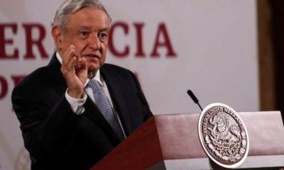 López Obrador lamentó muerte de Óscar Chávez (Cuartoscuro)