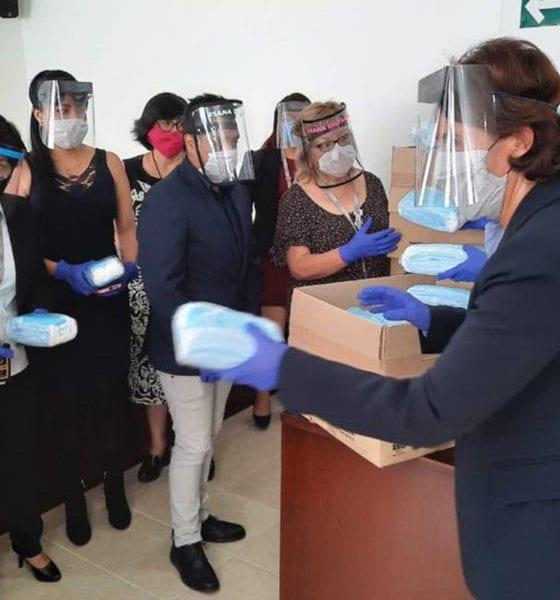 Embajada de Francia y seguros AXA entregan cubrebocas y telemedicina a centros de justicia para mujeres