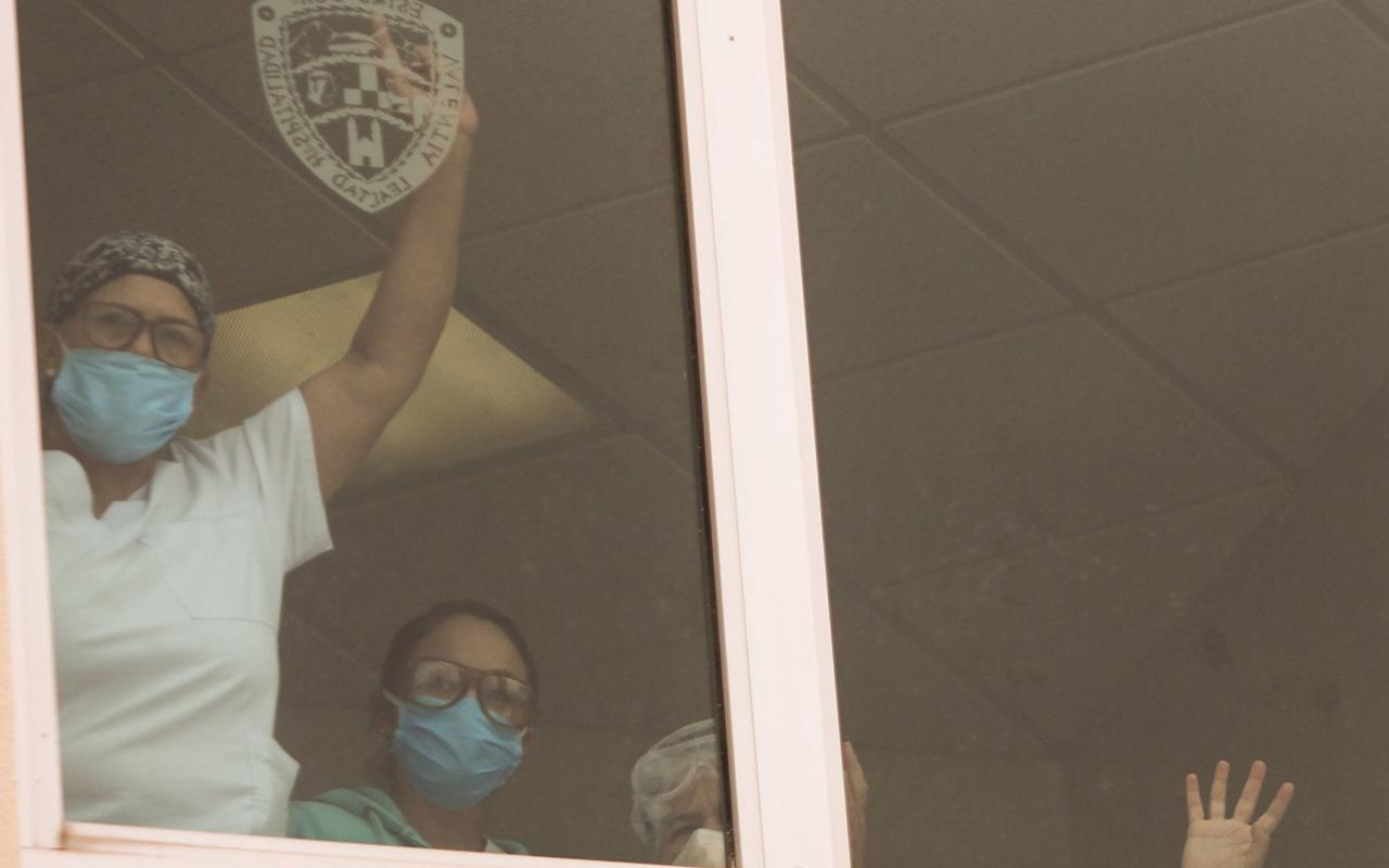 """""""Enfermeras y enfermeros, gracias"""", gobierno federal"""