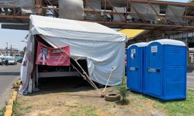 En Ecatepec, regalan comida a familiares de pacientes con Covid-19