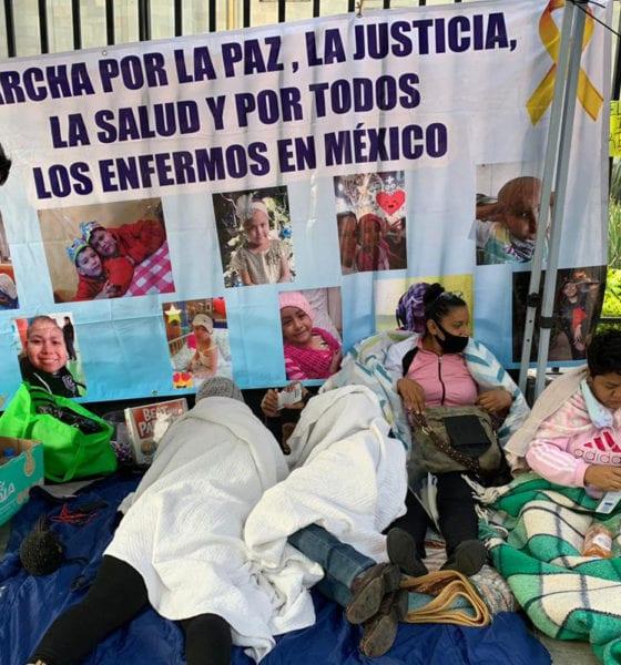 Padres de niños con cáncer terminan huelga de hambre