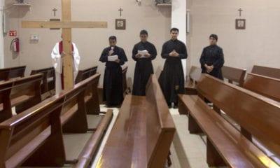 Arrinconadas por el virus y la crisis, parroquias agotan sus recursos