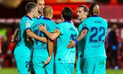 ¡Increíble! Ingresa un espontáneo en el choque entre Mallorca y Barcelona. Foto: Barcelona