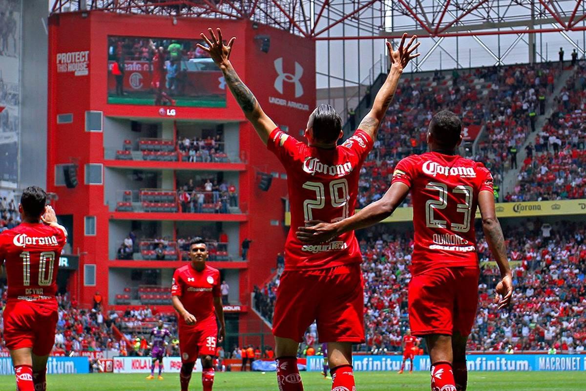 Busca Liga MX y Secretaría de Salud evitar brotes de Covid-19 en los equipos. Foto: Liga MX