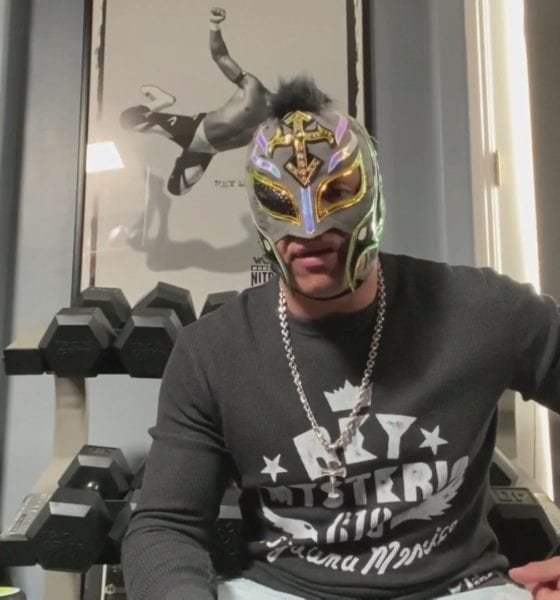 Rey Mysterio no se retira. Foto: WWE