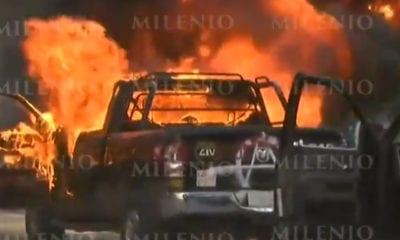 Incendian patrullas y pintan el Palacio de gobierno de Jalisco