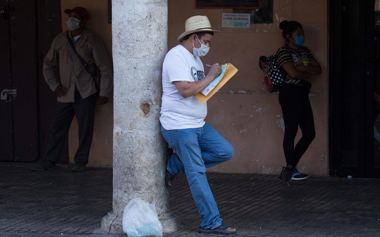 Una vez más, López Obrador confronta al INEGI con otros datos económicos