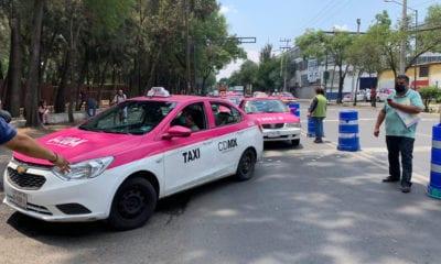 Taxistas afectados por la contingencia buscan créditos de 25 mil pesos
