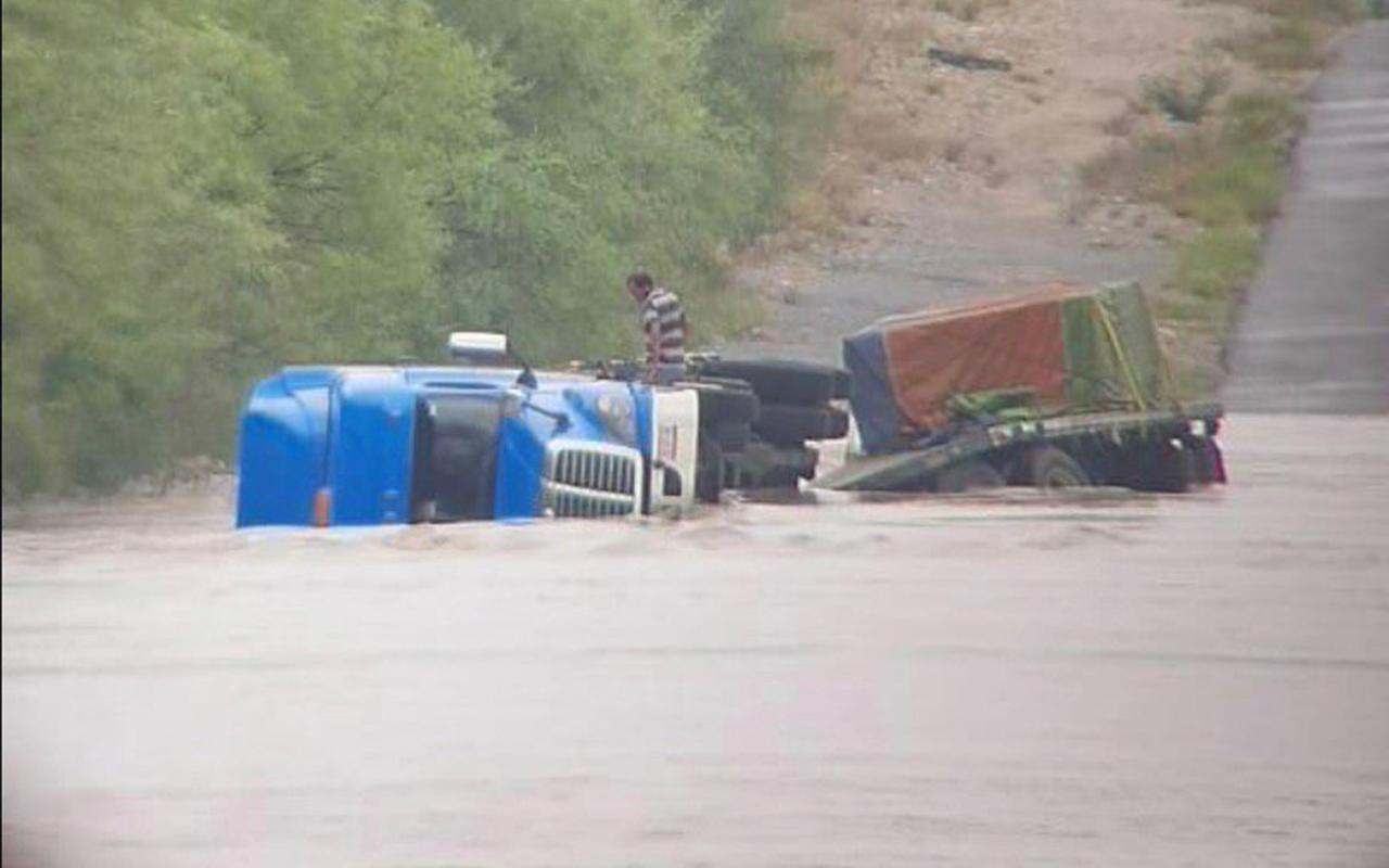 Hanna inunda colonias de Tamaulipas, Coahuila y Nuevo León