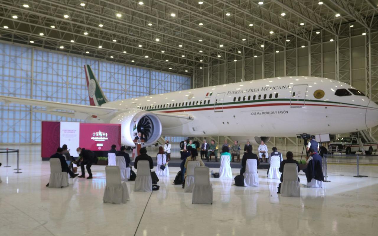 """Quien pague más y más rápido se lleva el """"avión faraónico"""": Obrador"""