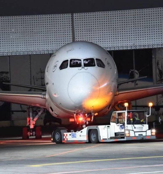 ¿El Presidente viajaría en avión prestado?