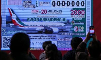 """Reciben """"ofertón"""" por el avión presidencial"""