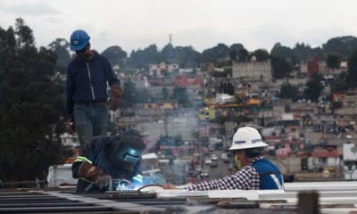 Prometen mejorar salarios de trabajadores en México