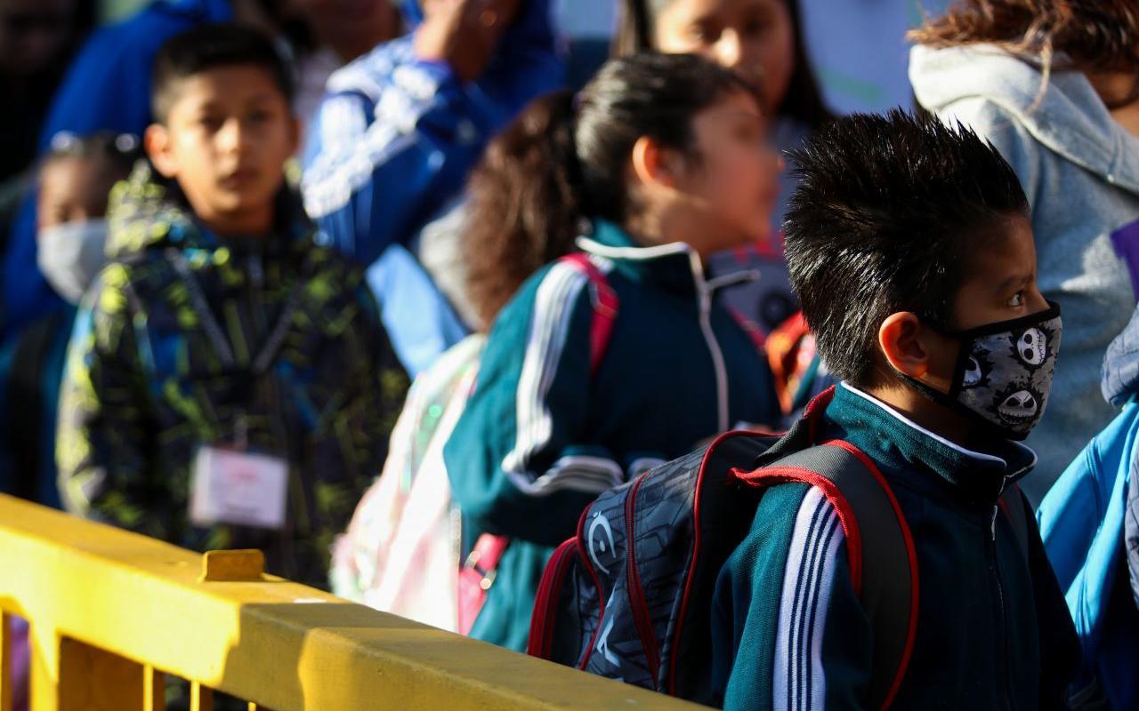 Ciclo escolar 2020-2021 comenzará a distancia, adelanta la SEP