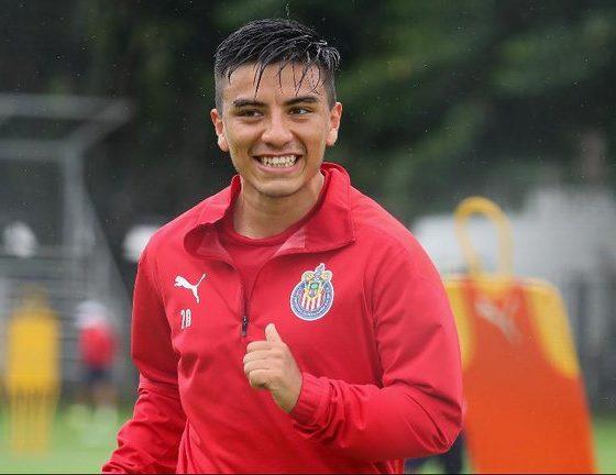 Fernando Beltrán sufrió por Covid-19. Foto: Chivas