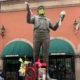 Pandemia no evita que fans recuerden aniversario luctuoso de Juan Gabriel