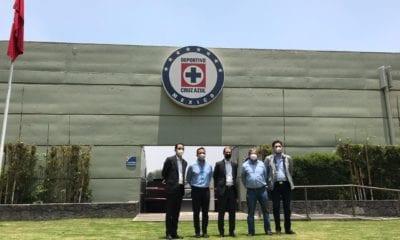 Jaime Ordiales se queda al frente de Cruz Azul. foto: Twitter