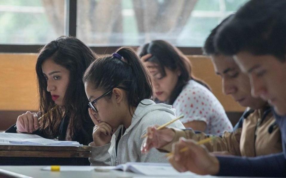 SEP anunció que estudiantes dejaron la escuela. Foto: Cuartoscuro