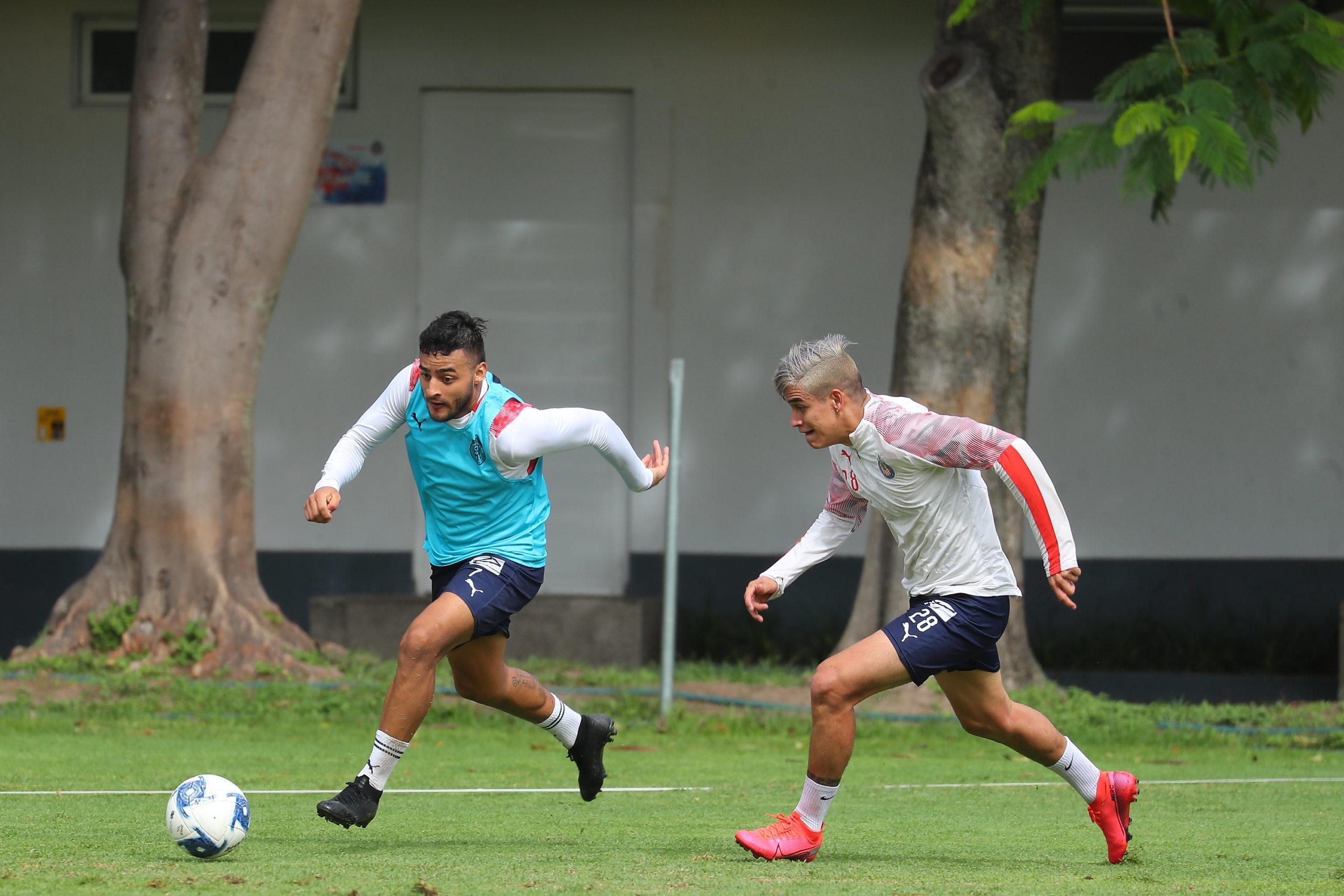 Separan a jugadores de Chivas. Foto: Twitter