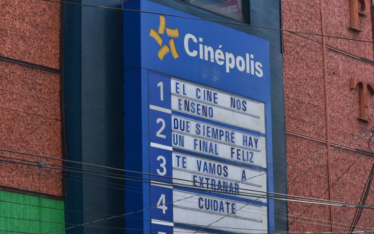 Cines y antros reabren en la Ciudad de México