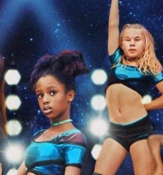 poster guapis pelicula de Netflix