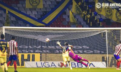 América mantuvo paternidad sobre Chivas. Foto: Club América