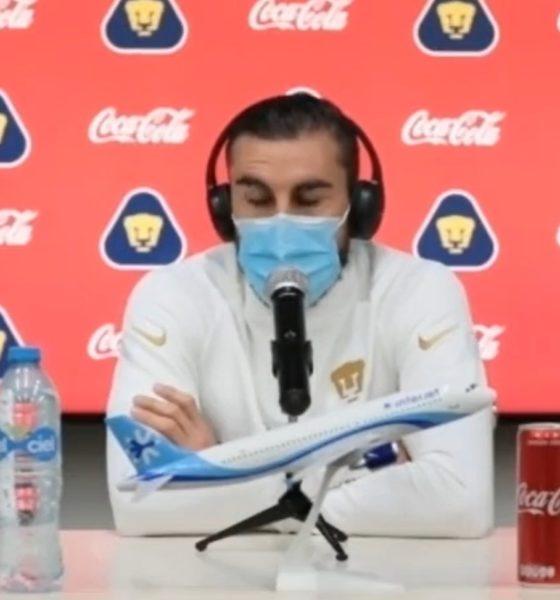 Asegura Mayorga que Pumas cerró bocas. Foto: Facebook