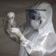 Comité determinará reinicio de ensayos de vacuna en AstraZeneca