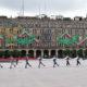Sin gente, inicia desfile militar en el Zócalo capitalino