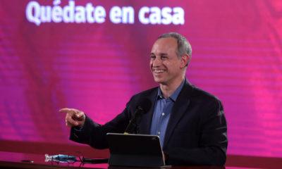 Senadores panistas denuncian ante la PGR a López Gatell
